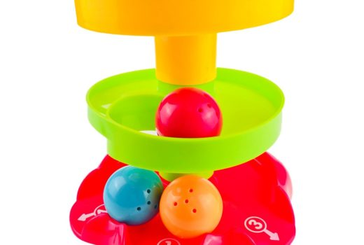 A Guide to Choosing Baby Toys by Age