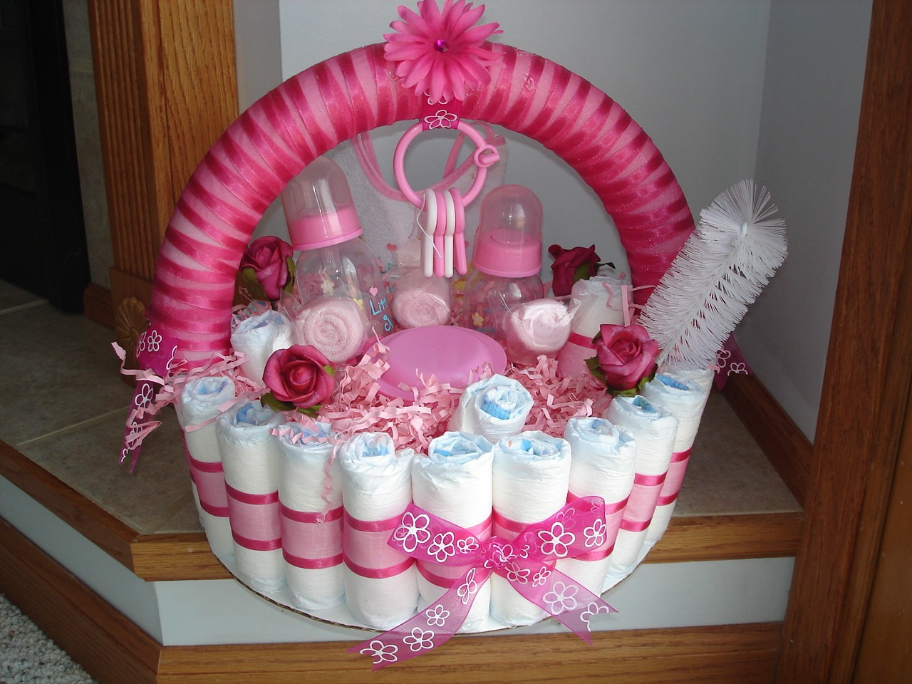 Gorgeous DIY Baby Shower Decorations For The Non Crafty Person